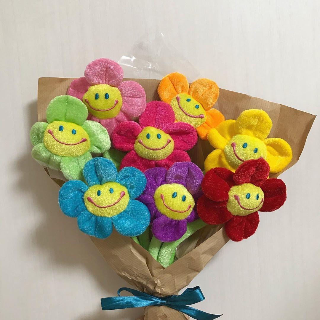 その4 ぬいぐるみ花束を贈る
