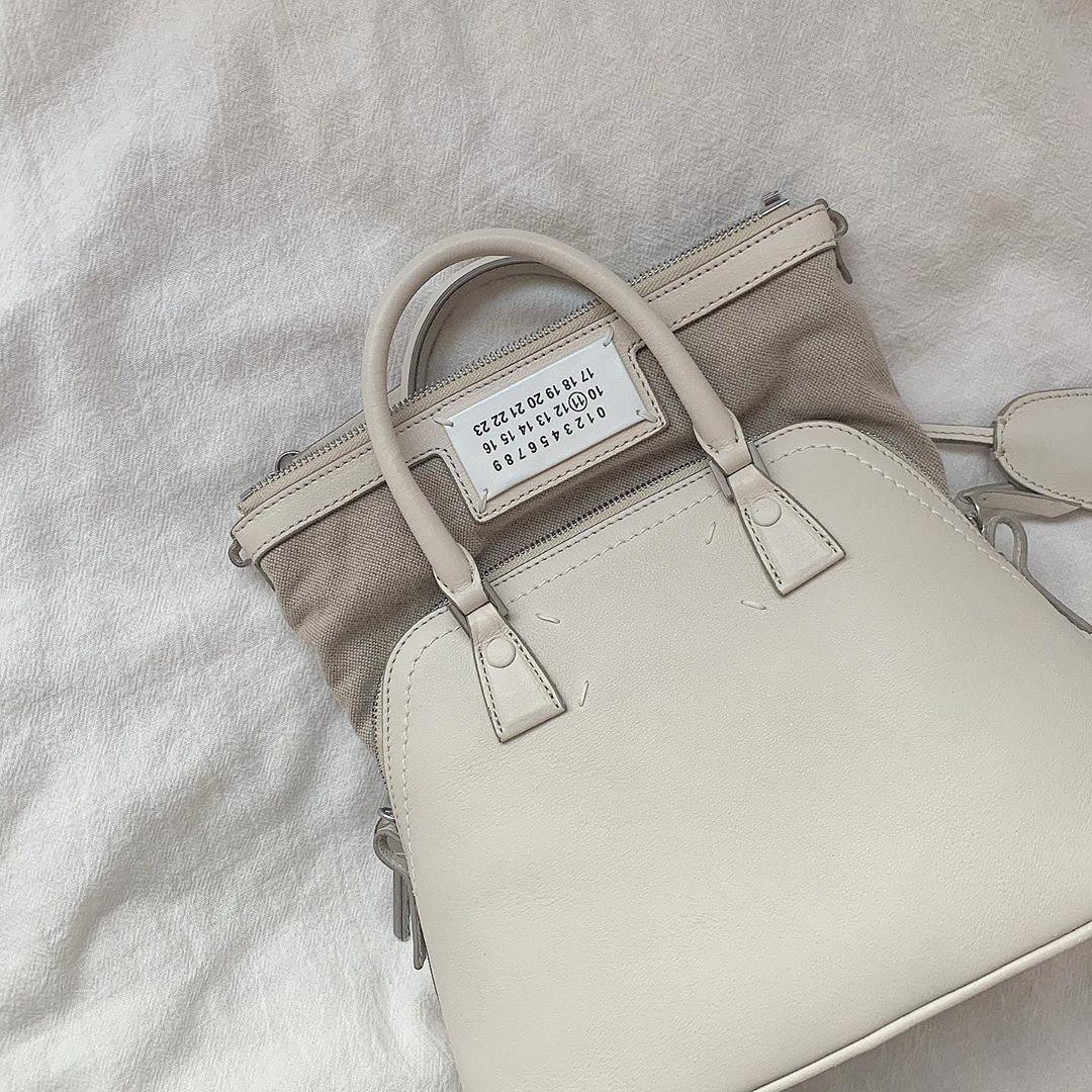 このバッグと一緒にお仕事頑張ります!