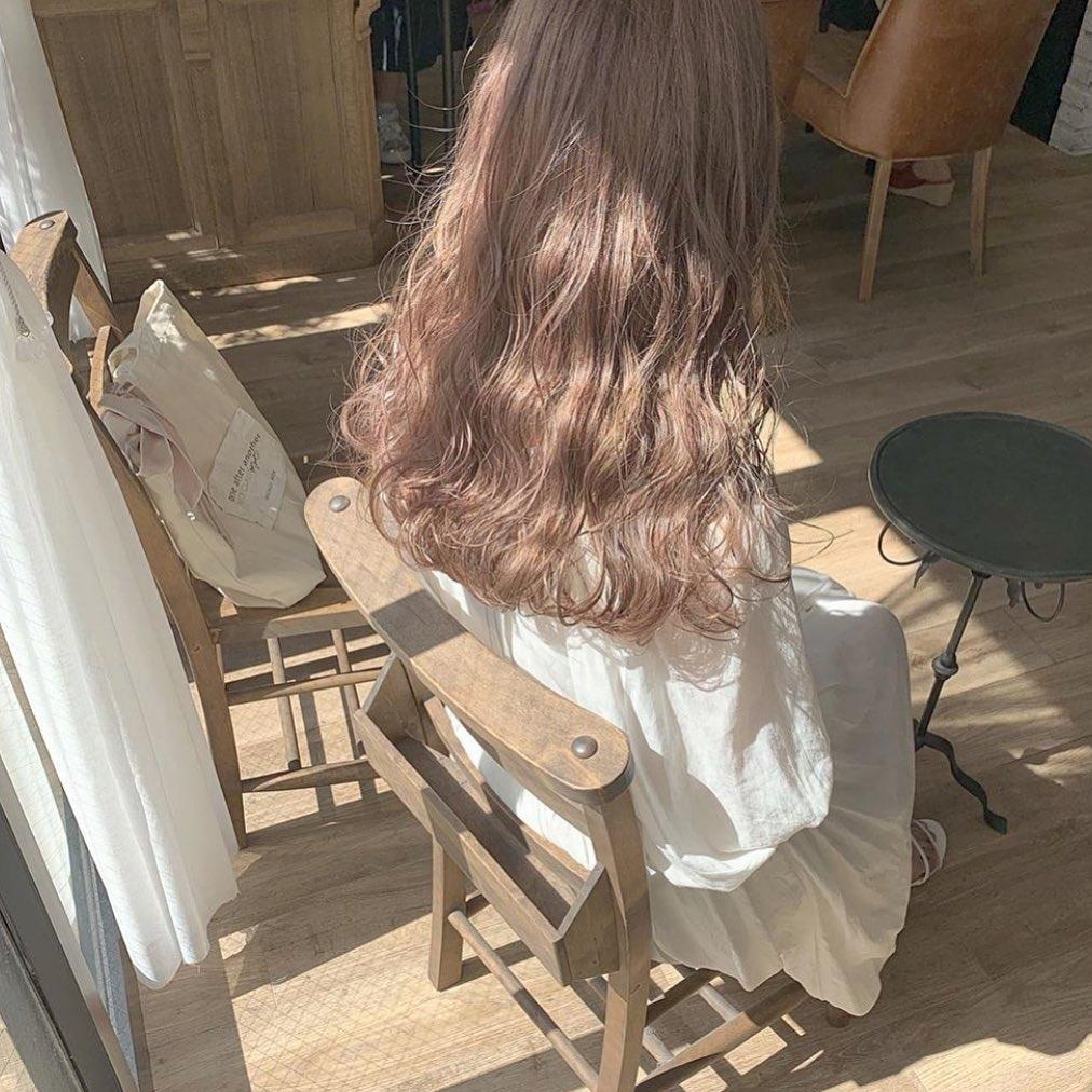 まるでヘアスタイルの参考書。可愛いの発信地、#梅田美容室で見つけたお洒落hair