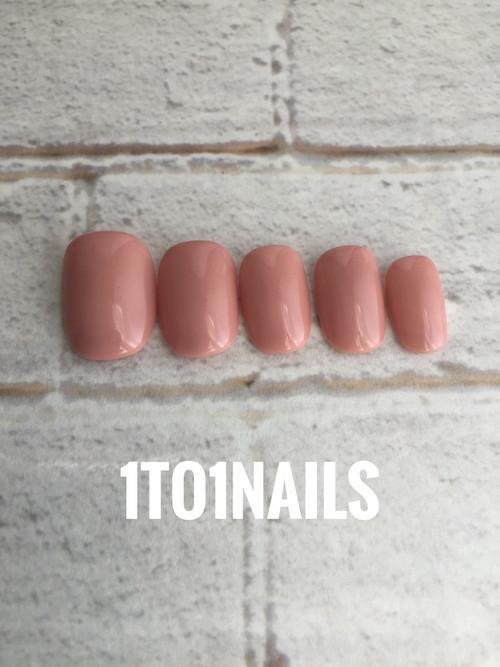 ピンクのワンカラーで元から綺麗な爪のように