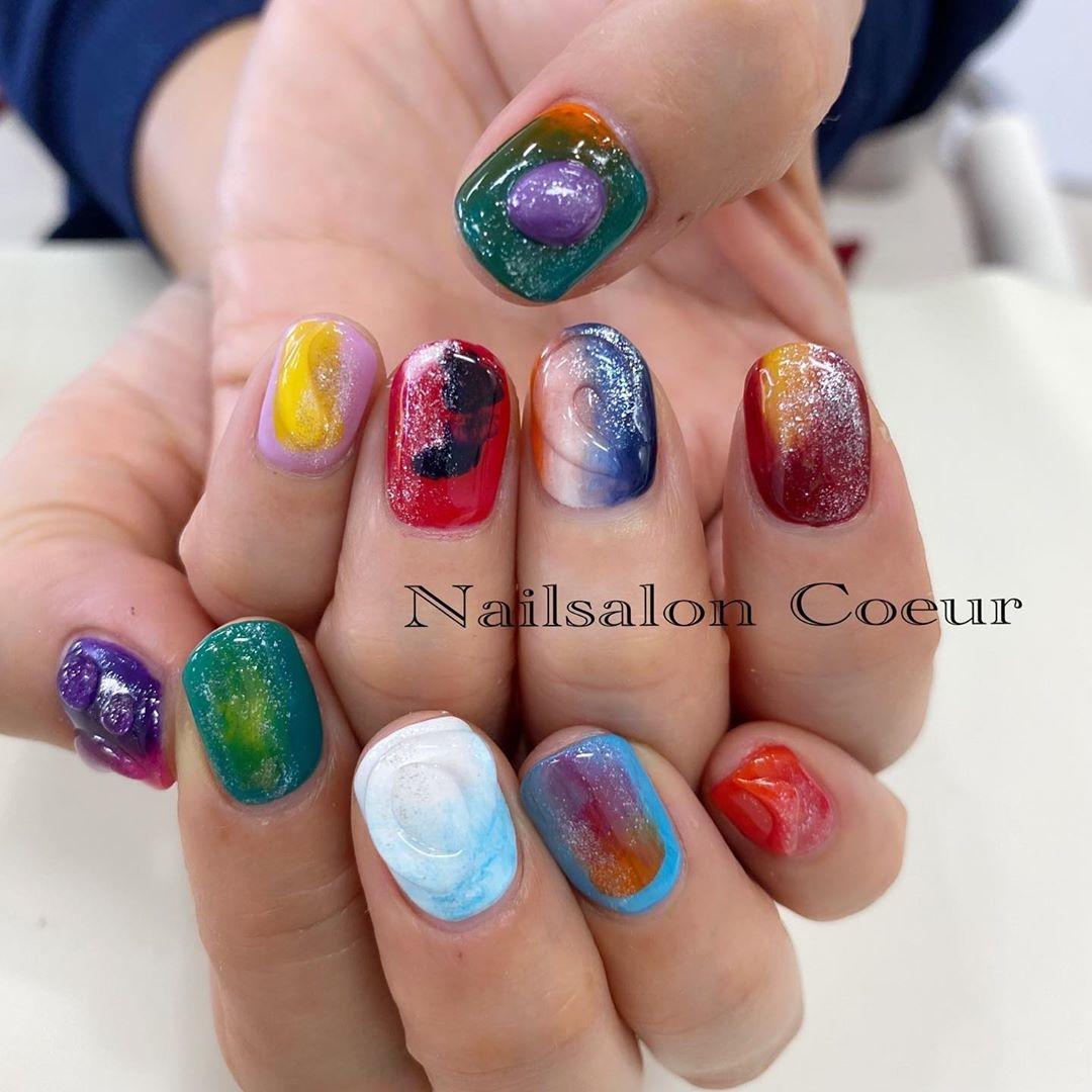 #11 色彩豊かな指先にニュアンスを込めて