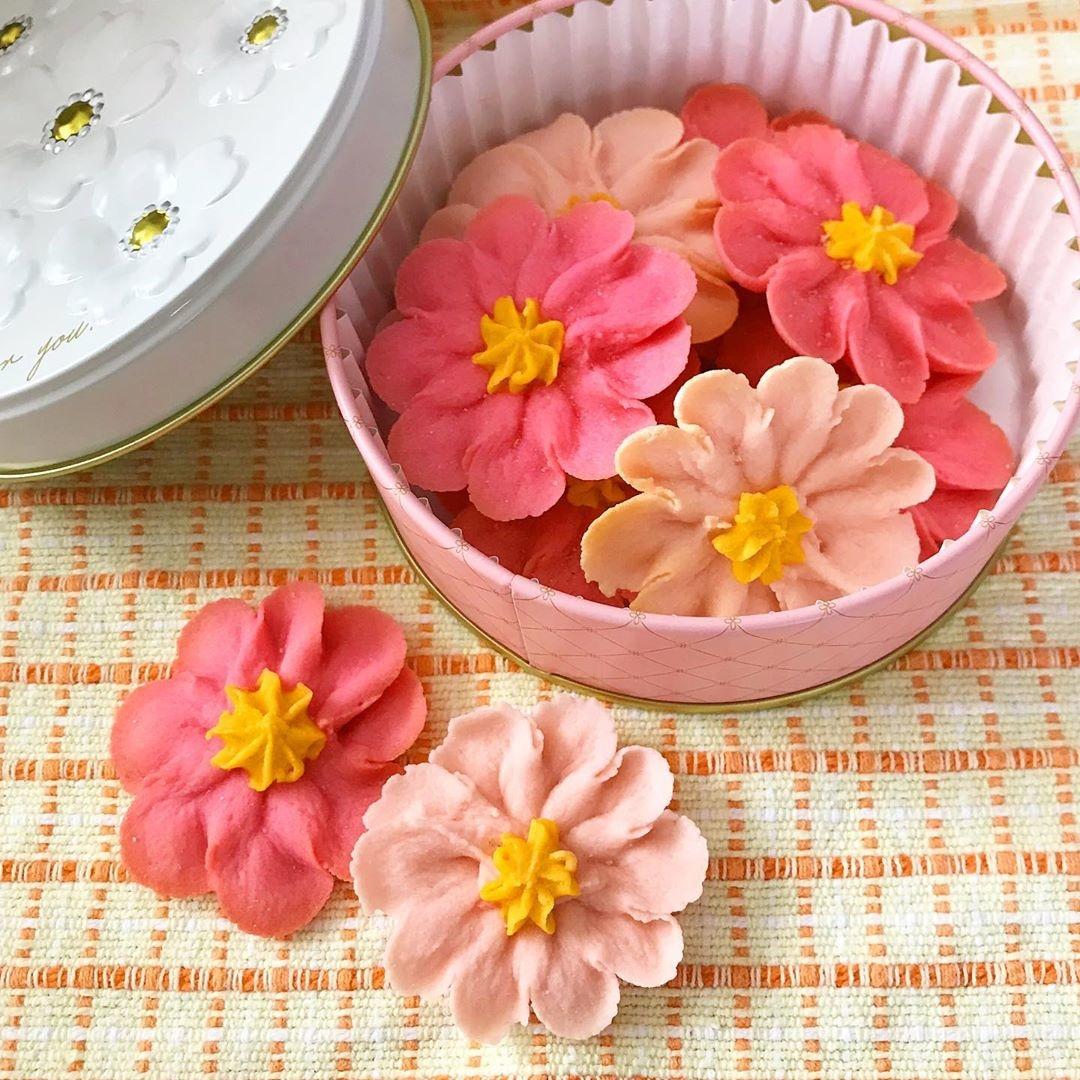 北海道産あんこを使ったお花のぼうろが推し