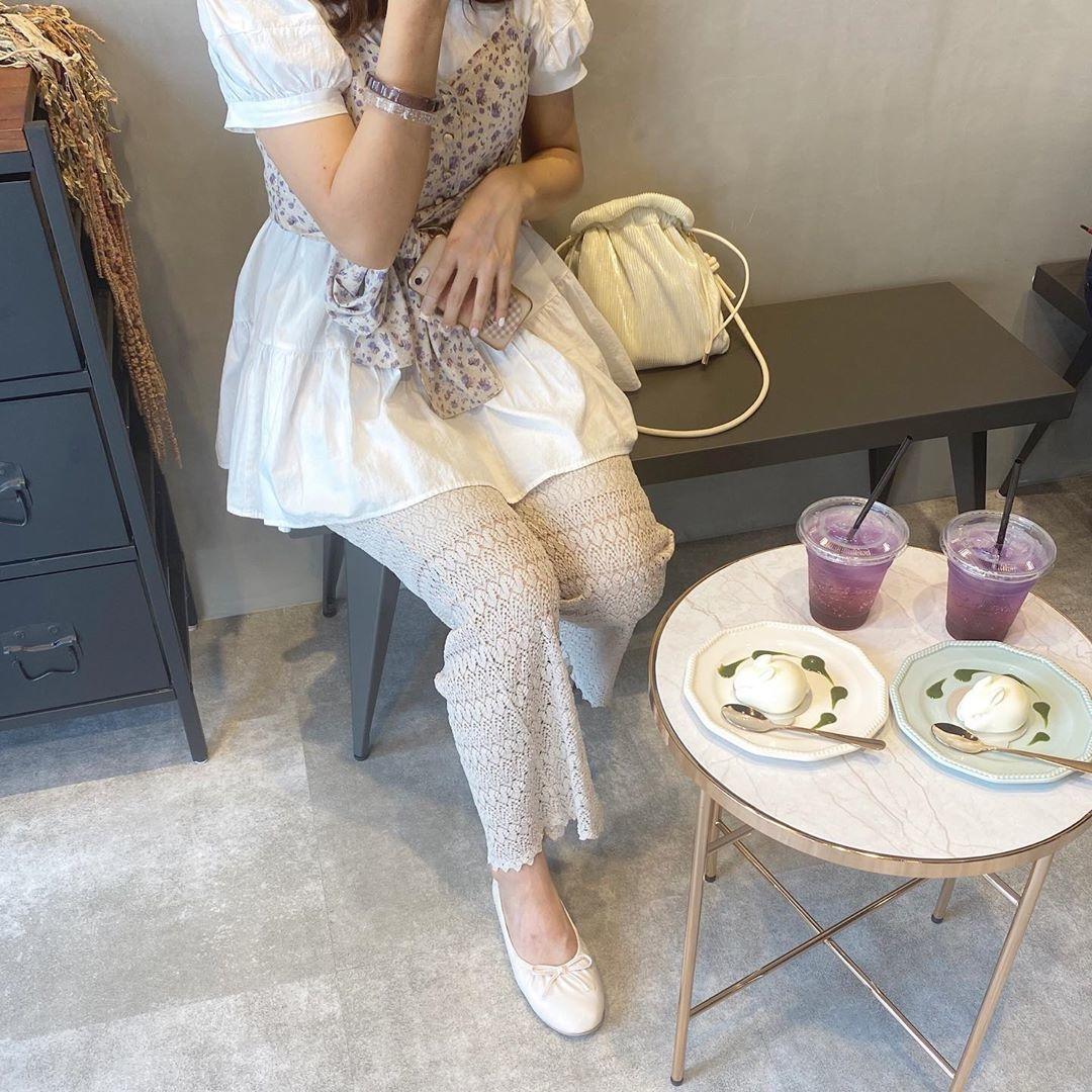 A.カフェ、喫茶店