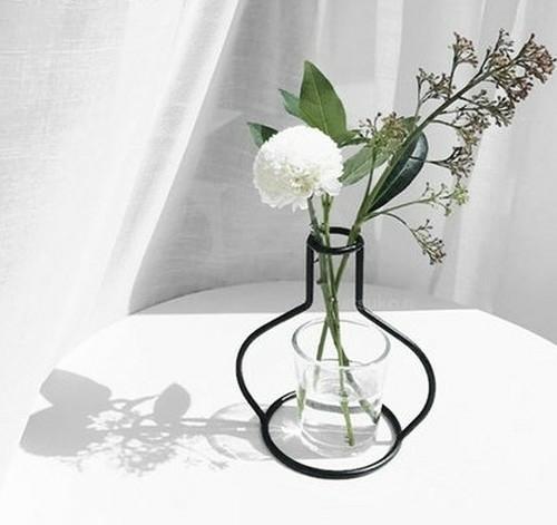 スチールフレーム花瓶