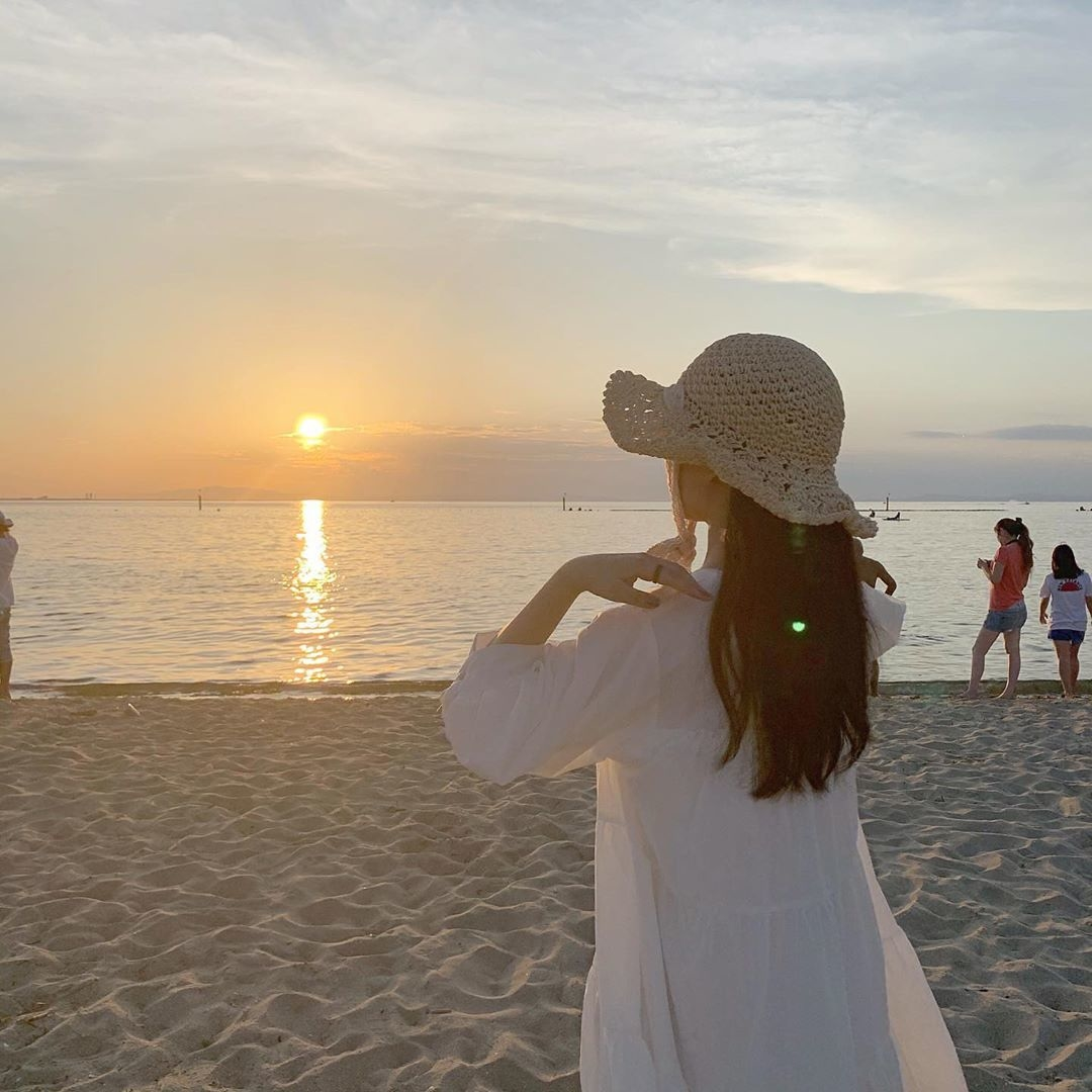 天気が良い日は海ピクしようよ!浜辺で満喫するための持ち物&コーデスタイルBOOK