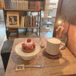 【全国】文学を横目に過ごす至福の時間。本とグルメが楽しめるブックカフェ4選