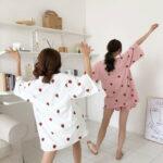 お泊まり女子会は気合十分。インスタグラムに載せたくなる最強可愛いルームウェア
