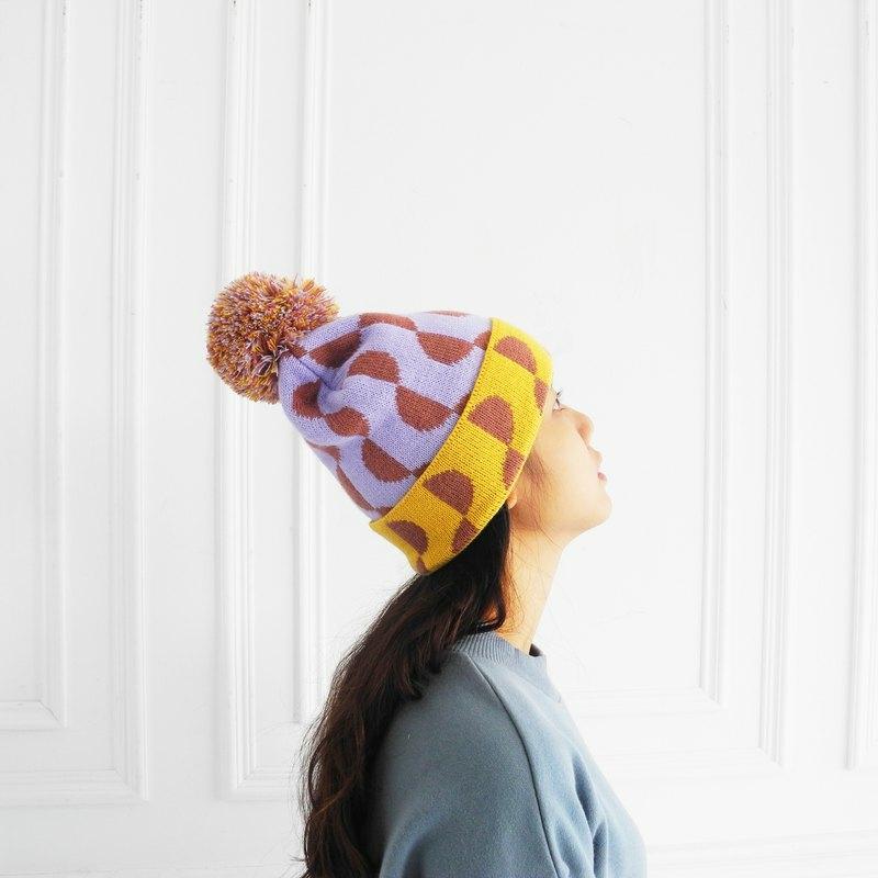 ニット帽は大人カジュアルに着こなすべし!上手な着回し〜ヘアアレンジまでのお手本帳