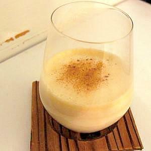【西洋版卵酒】ホット・ブランデー・エッグ・ノッグ
