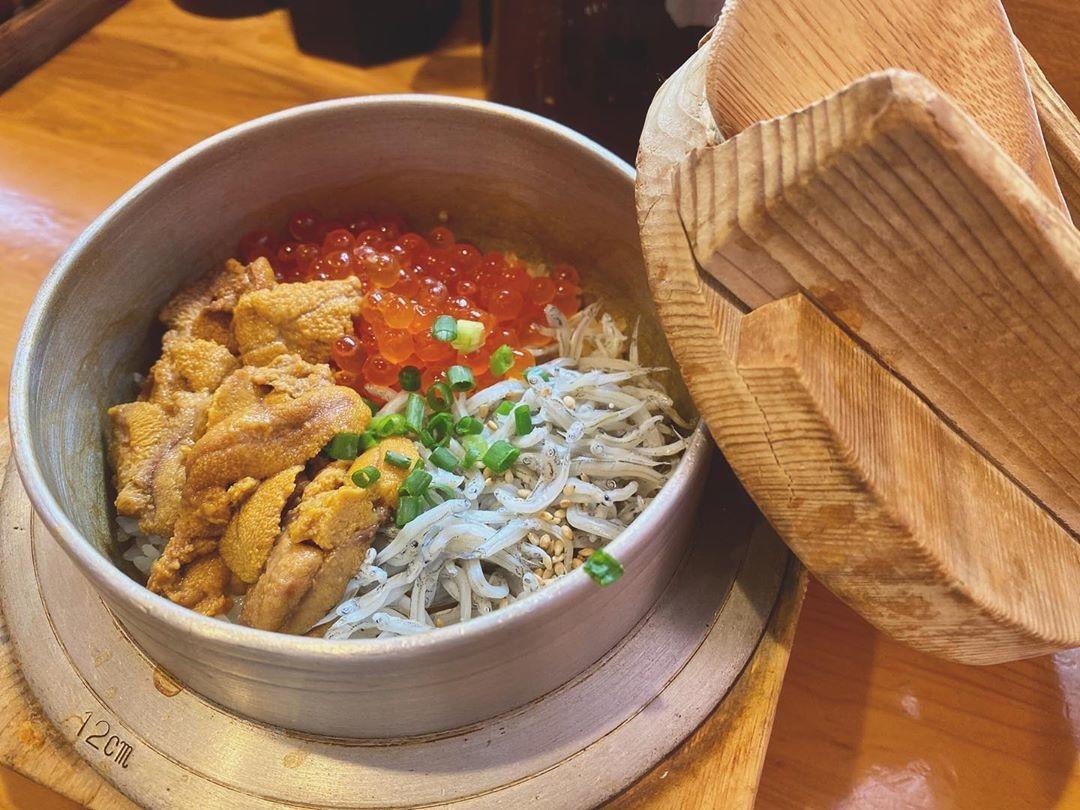鎌倉釜飯かまかま本店