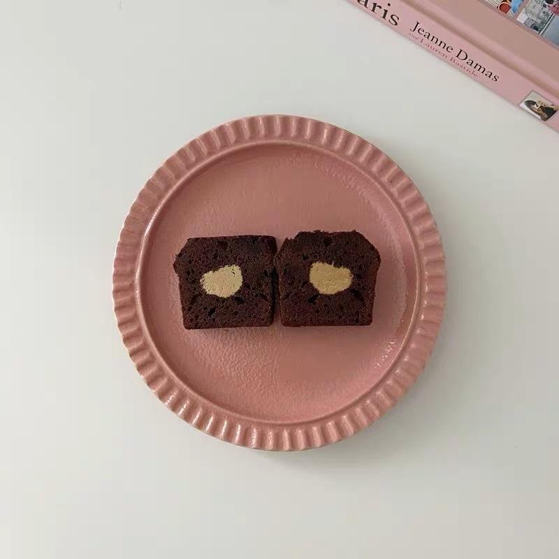 pinkie pink plate.