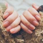 爪のデコボコ・割れ・乾燥を無くしたい!すっぴんネイルに自信を持つためのケア方法