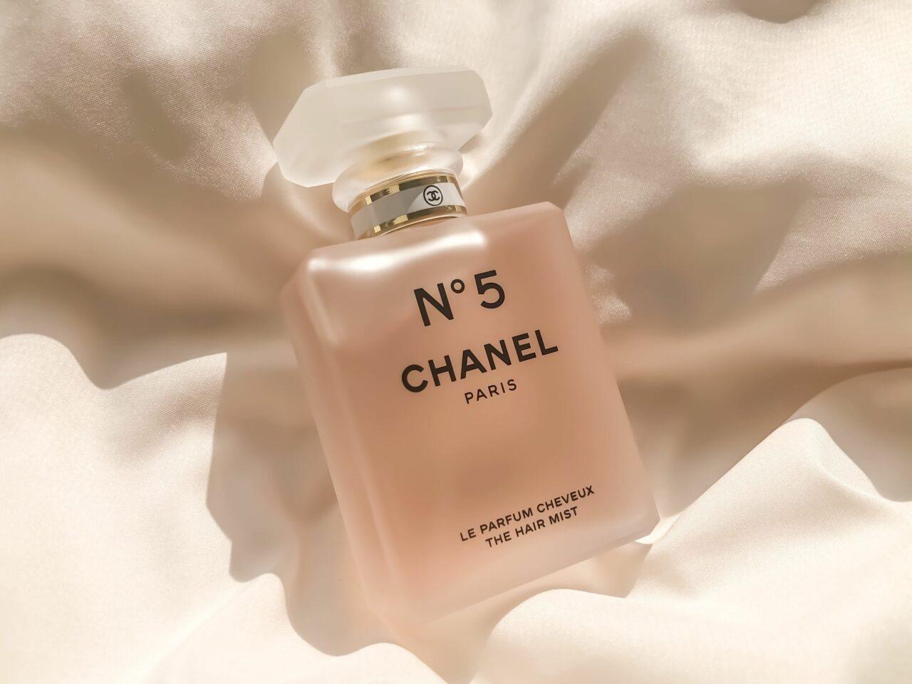 MERYエディターの#ふぁぼコスメ|タイムレスな美しい香りを日々、髪に纏う幸せ。