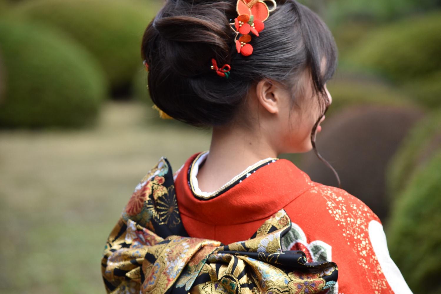 初詣・成人式に「ヘアメイク・着付け」バイト