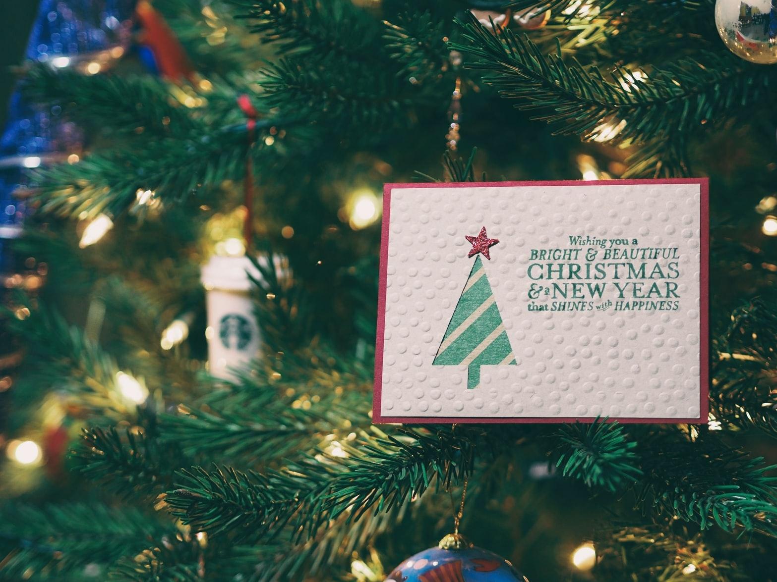 クリスマスカードを送るタイミングは?