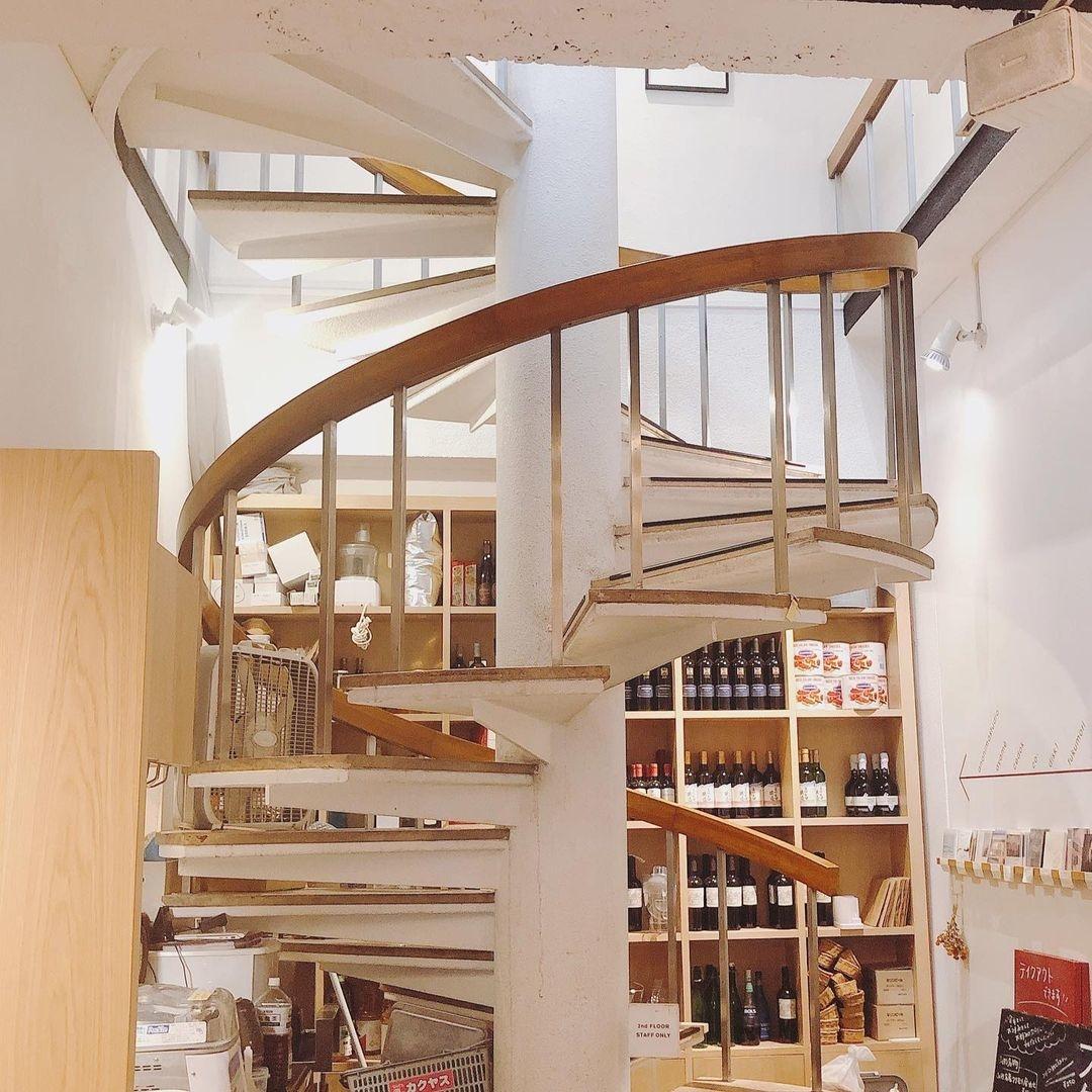 フクモリ 可愛く健康的なカフェ兼定食屋