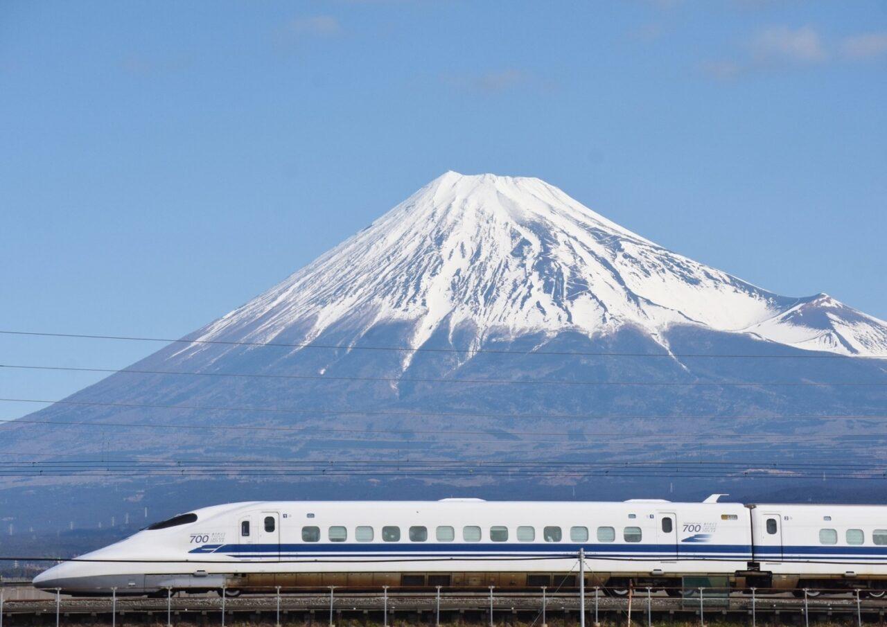 新幹線での上手な過ごし方6つ。スキマ時間を攻略して旅行・帰省がもっと楽しくなる