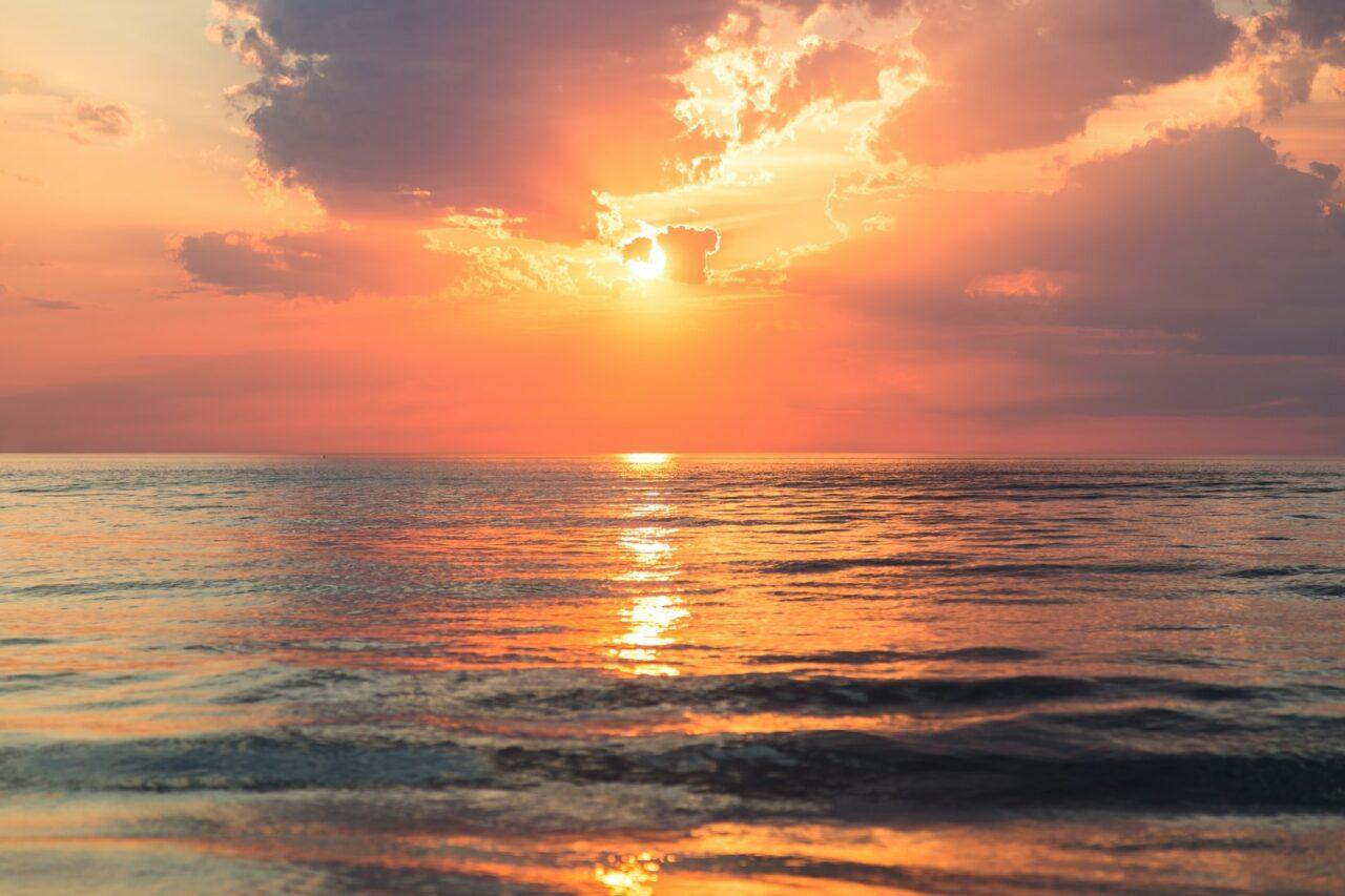 全国の日の出の綺麗な場所12ヵ所!朝日を浴びてエネルギーチャージをしましょ
