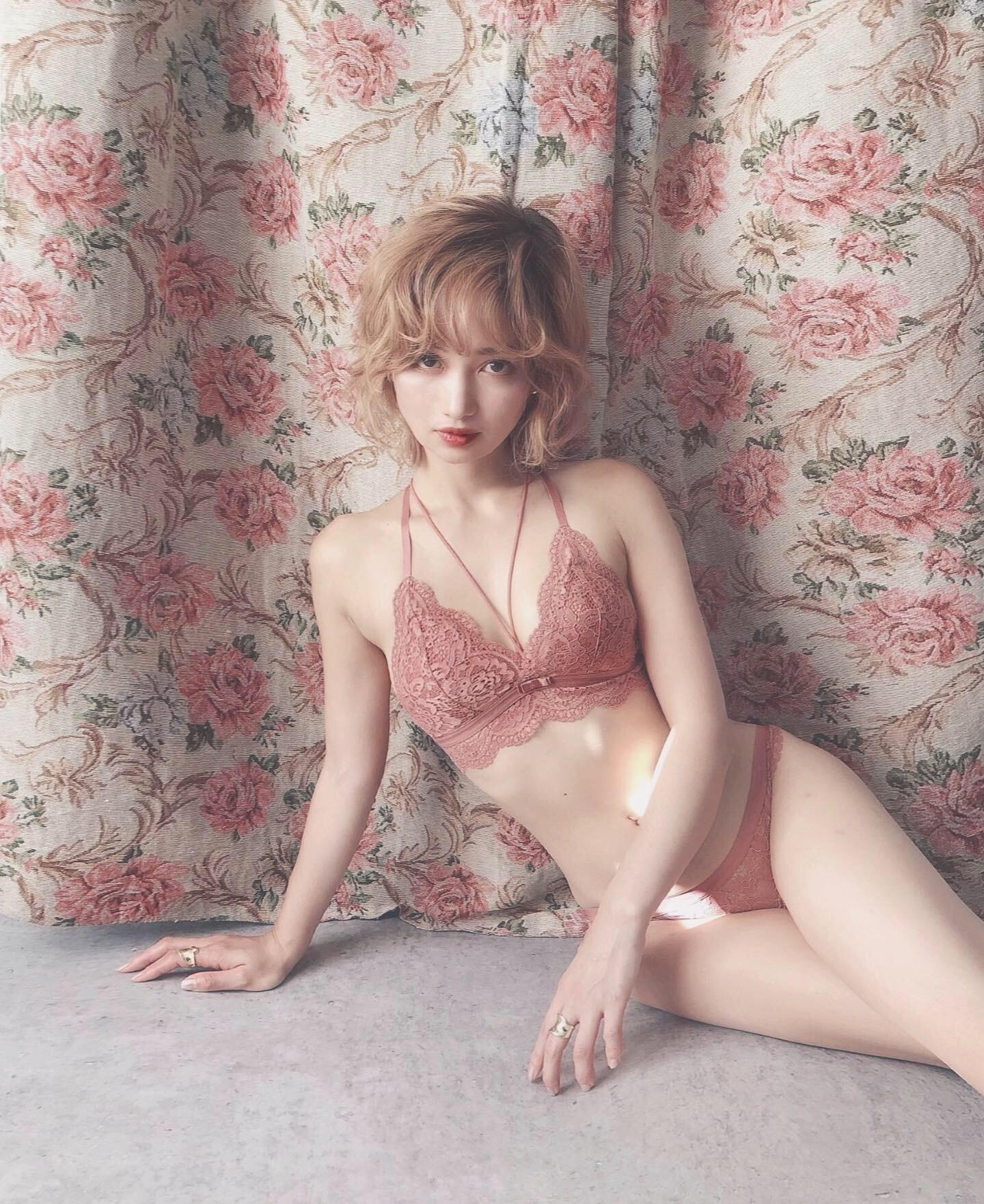 lady lingerie bra&shorts Set