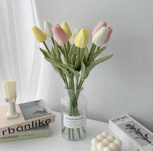 お部屋に飾る花を買ってみたり