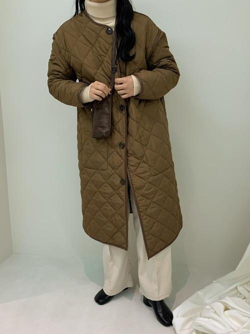 長めのキルティングコートも可愛いのです