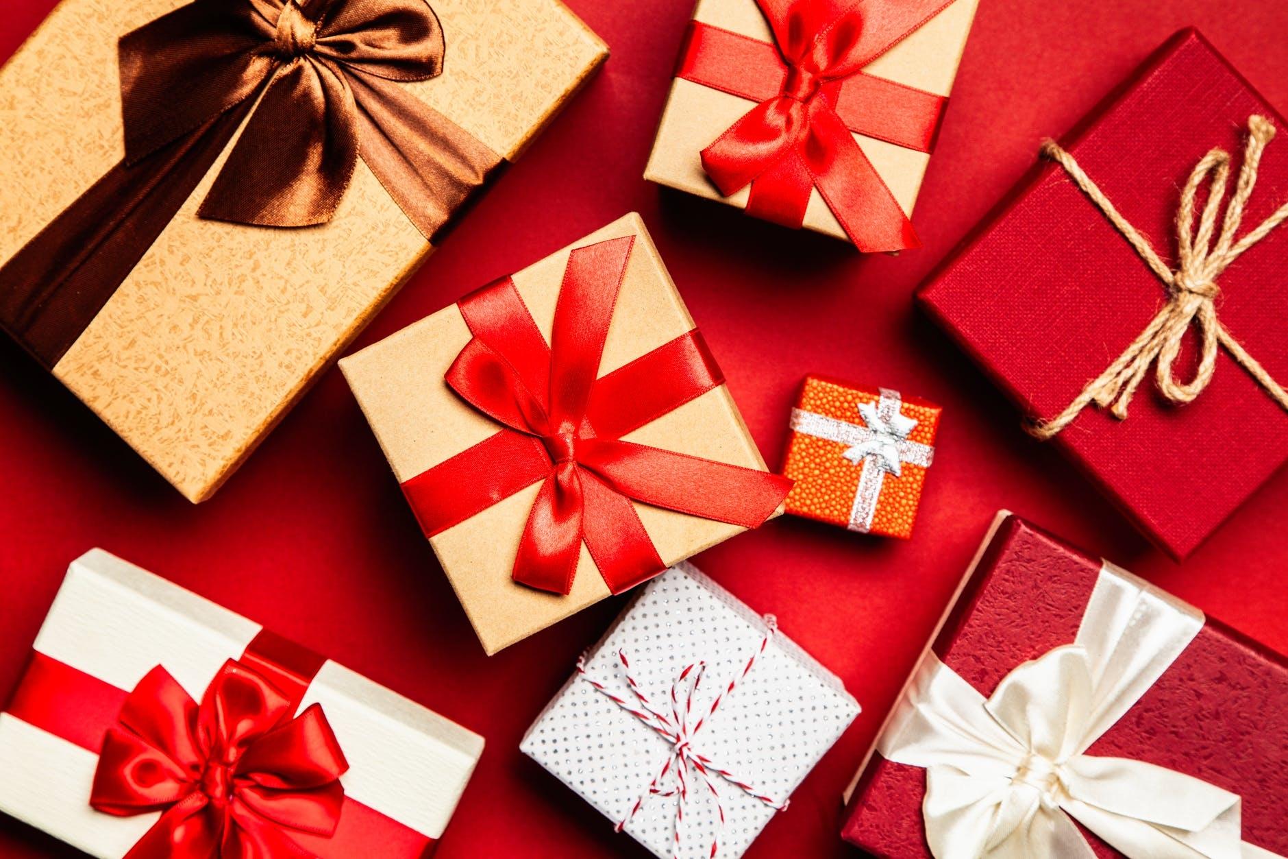 プレゼントは、心を込めて包みます♡