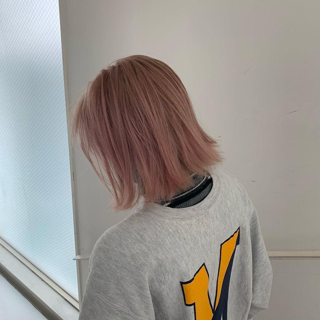 ホワイトピンク