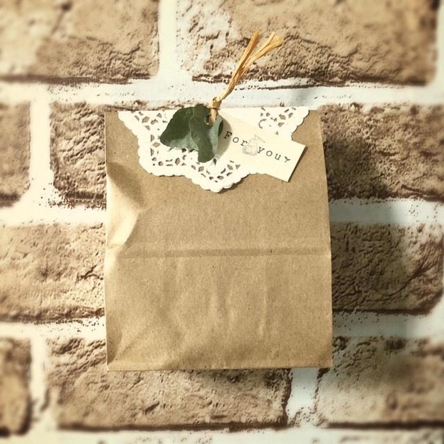 ②:紙袋を使ったラッピング