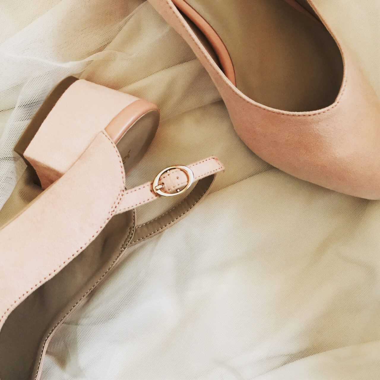 楽しめないのは靴擦れのせい…。たくさん歩く日も痛み知らずで過ごす方法が知りたいの