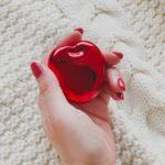 MERYエディターの#ふぁぼコスメ|真っ赤な「リンゴ」のコンパクトにときめきが止まらない!