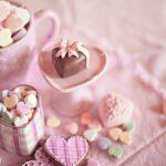 バレンタイン:ばらまくお菓子は市販で◎プチプラでそろえて「可愛い」をいただき♡