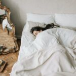 んー!やっぱり眠れない。布団に入っても寝付けないお困りgirlはコレを試して
