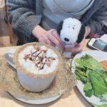 スヌーピー人形と珈琲