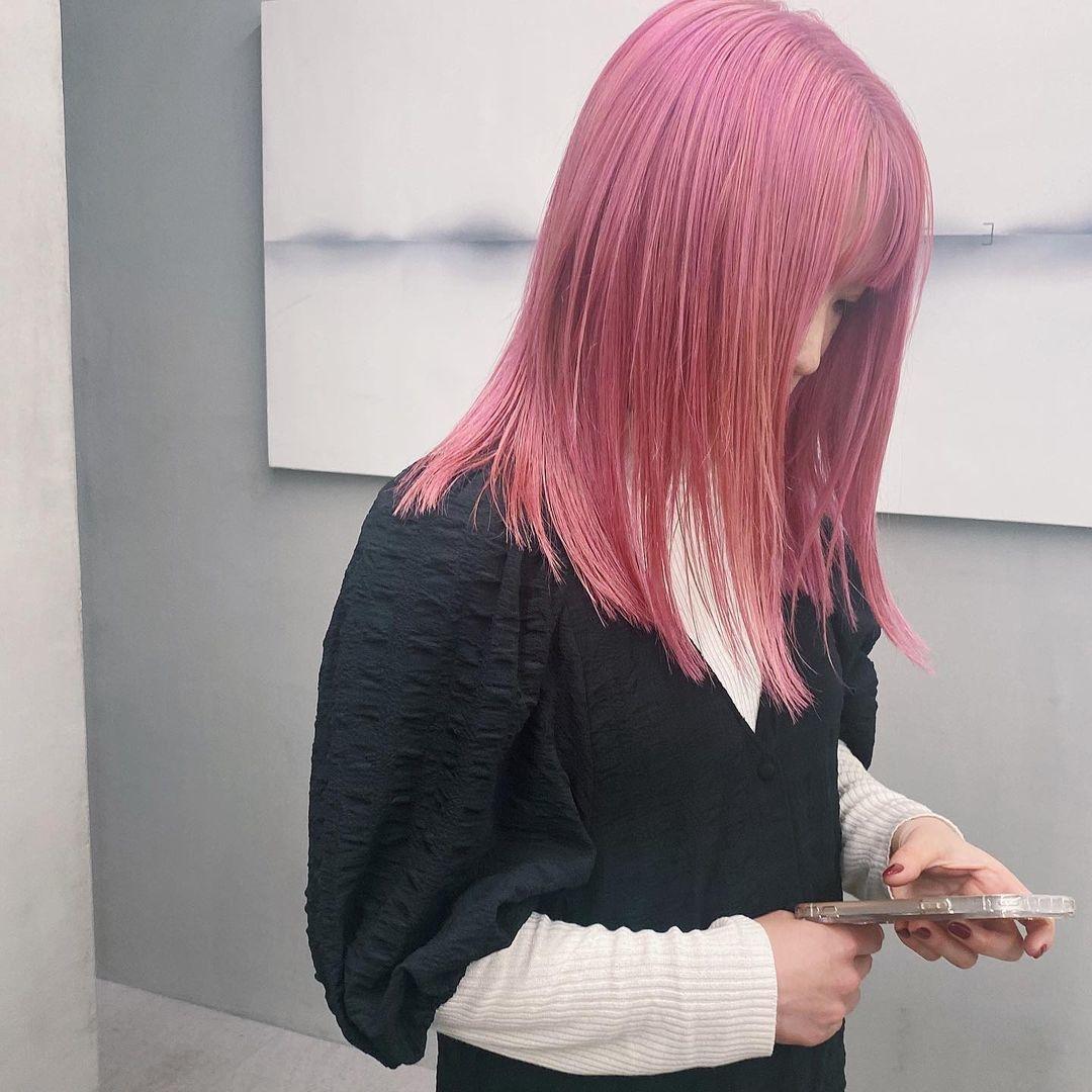 髪色自由を最大限に楽しみたい!大学在学中にトライしたいお目立ち必須の派手カラー
