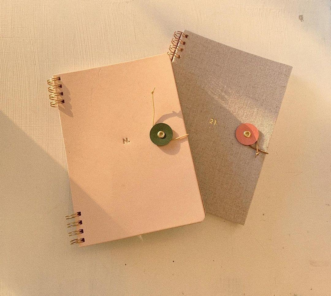 世界にたった一冊だけ。オリジナルのノートが作れるHININE NOTEの魅力