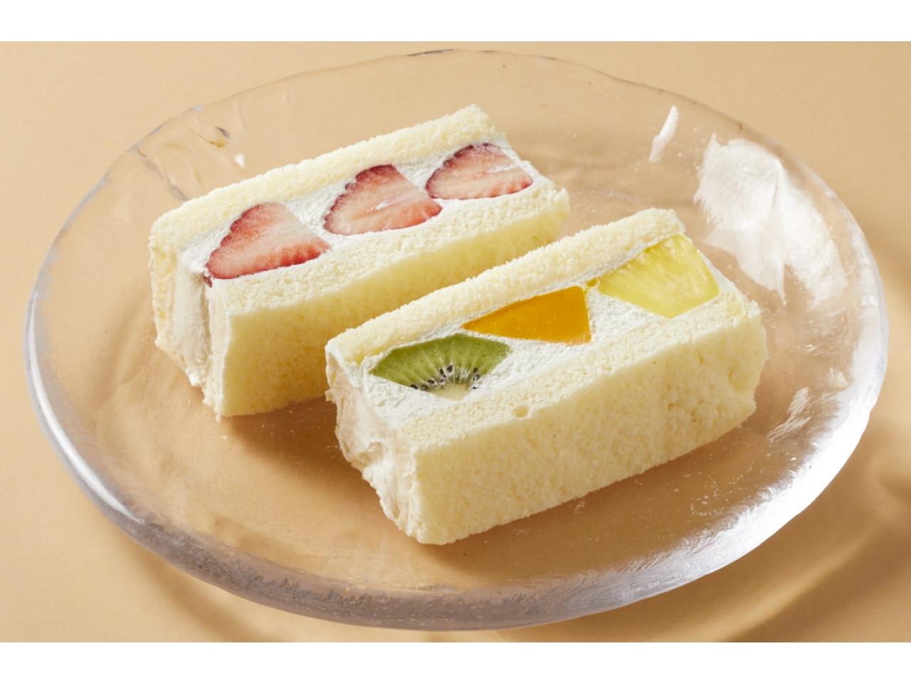 東京會舘フルーツサンドケーキ