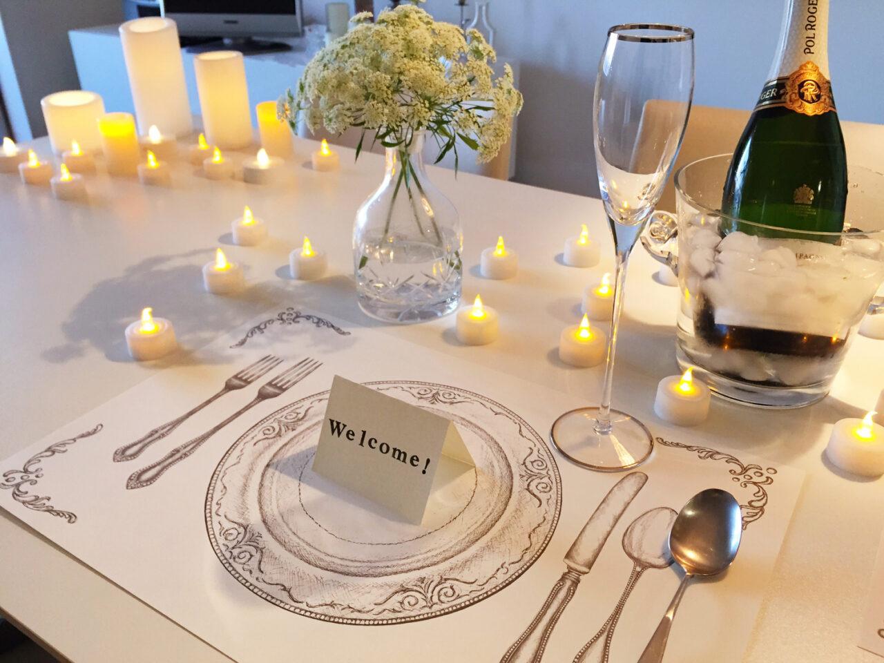 結婚式の宴会会場のテーブルの模様