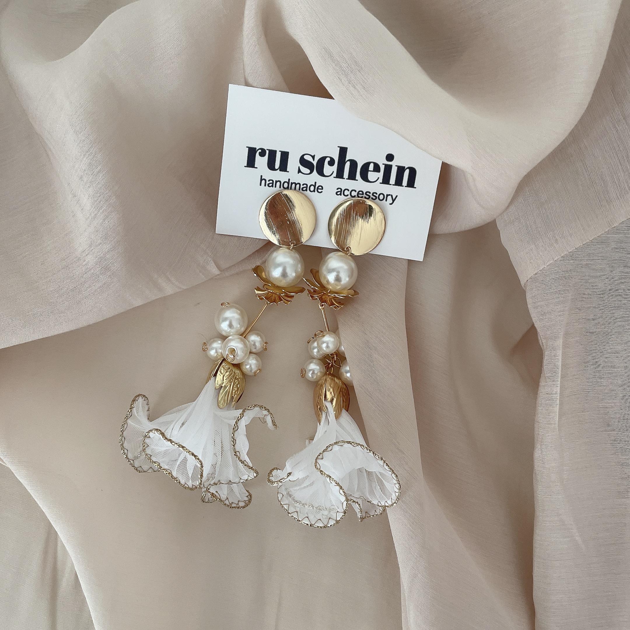 ruschein ピアス