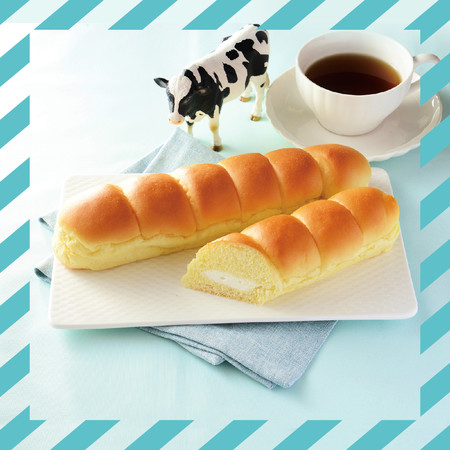 MILKカスタードのちぎりパン