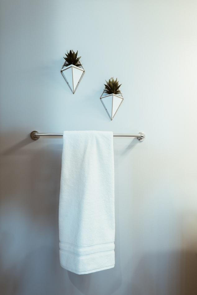 タオルをかぶって乾かす