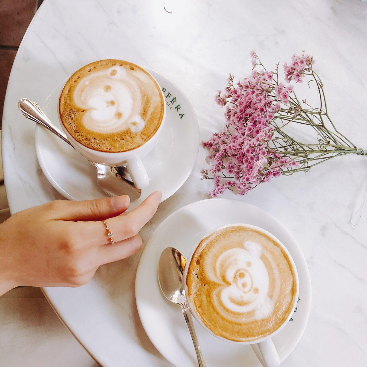 CAFFERAのカフェラテ