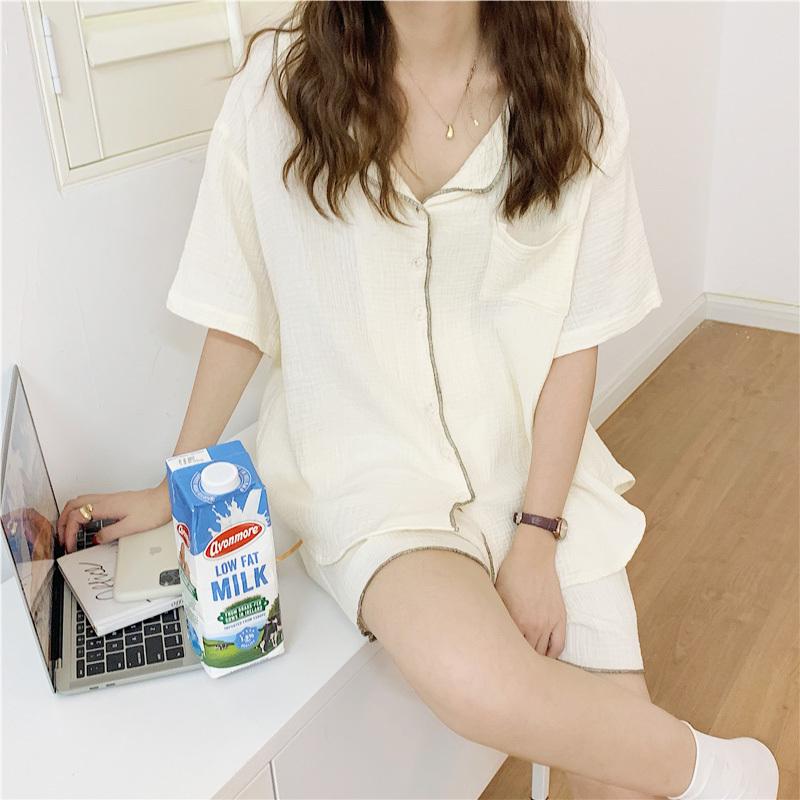 パジャマと牛乳