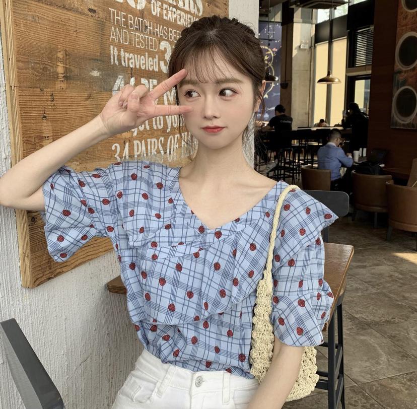 小顔の韓国系女子