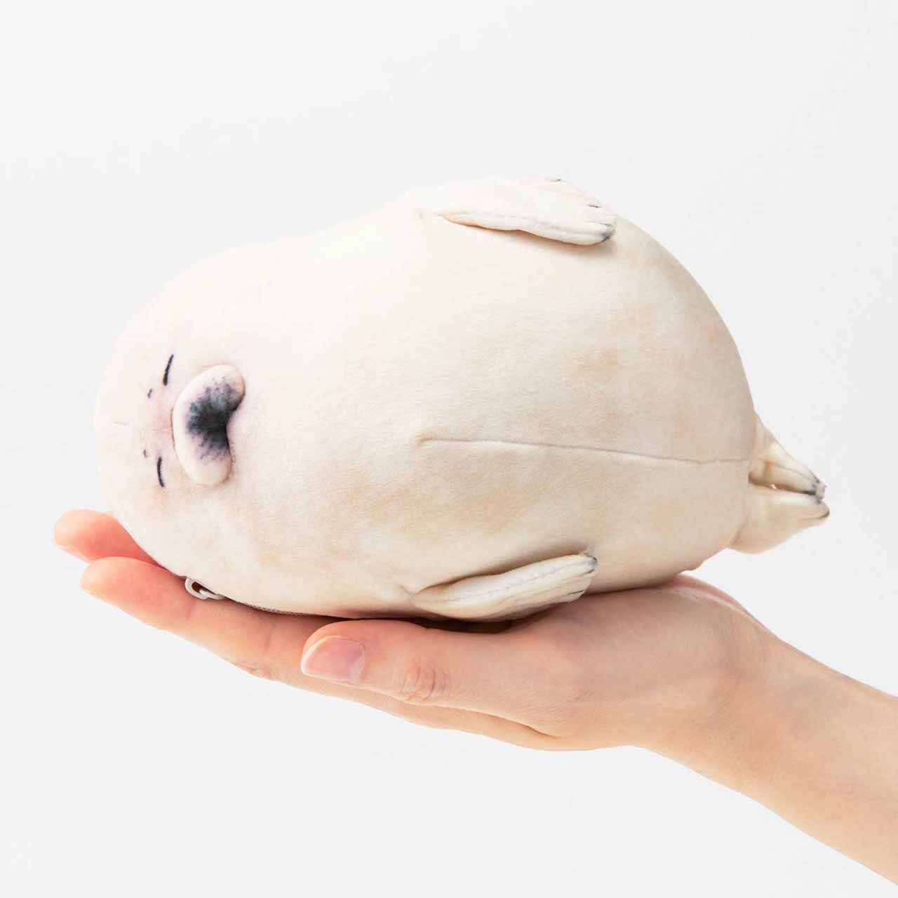 フェリシモ「赤ちゃんゴマフアザラシもっちりポーチ」