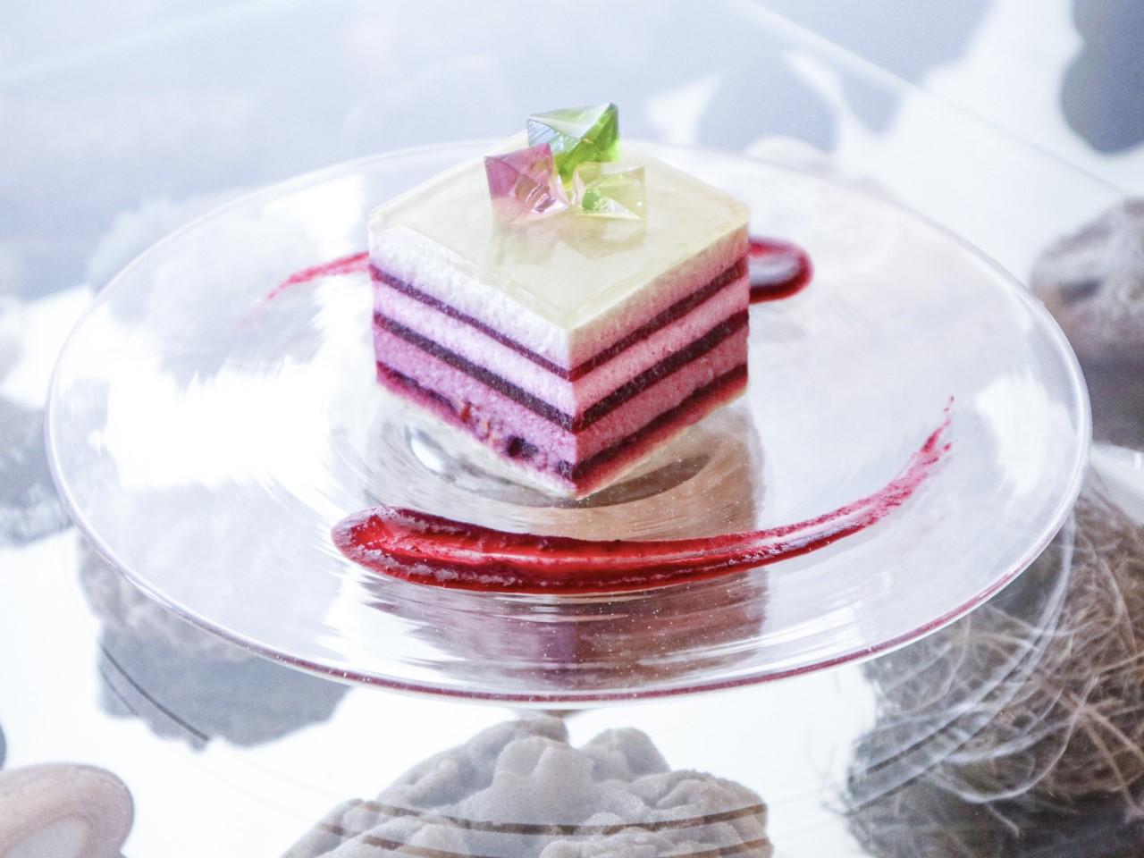 蛍石のレアチーズケーキ