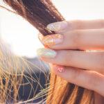 茶髪のロングヘア