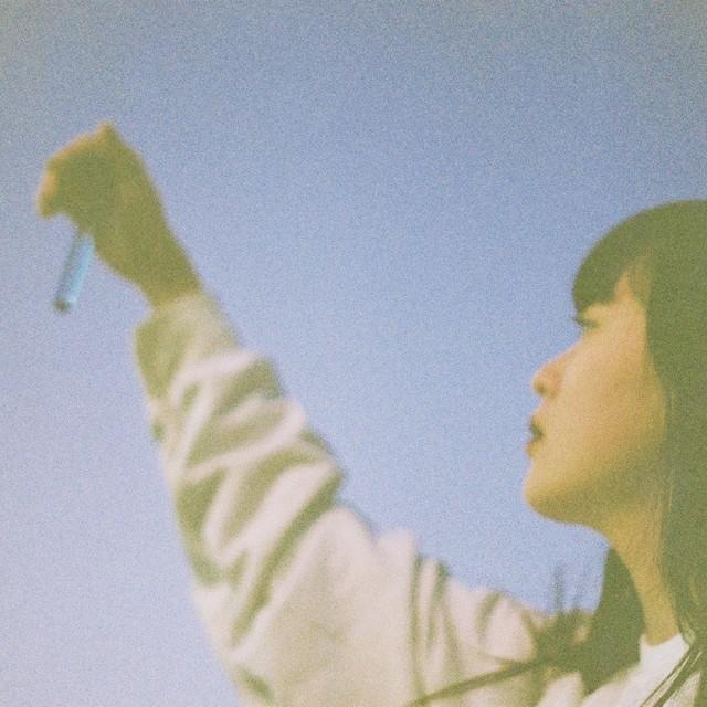 空と女の子