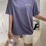 半袖とショートパンツ