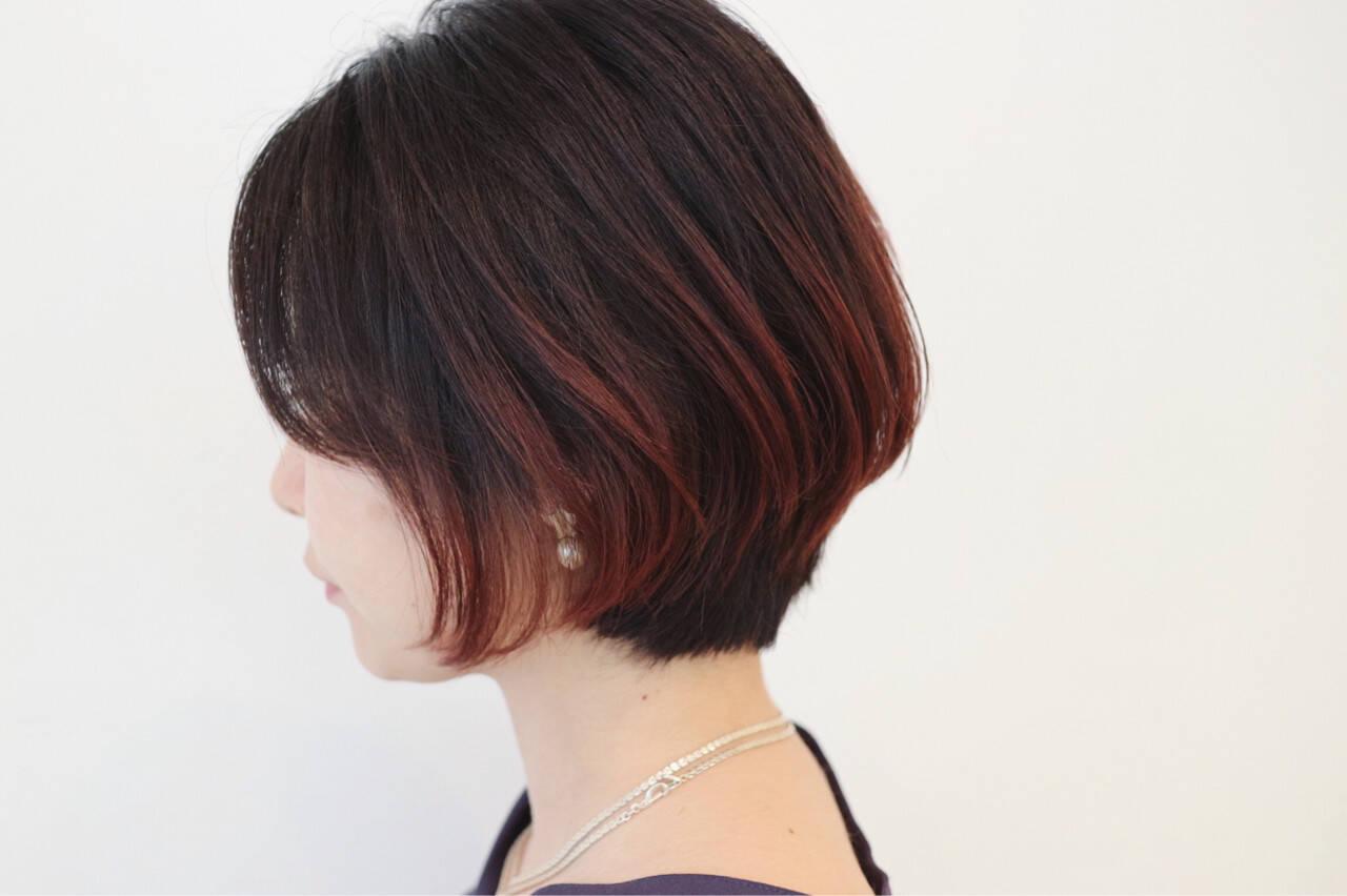 黒髪レッドグラデーションスタイル