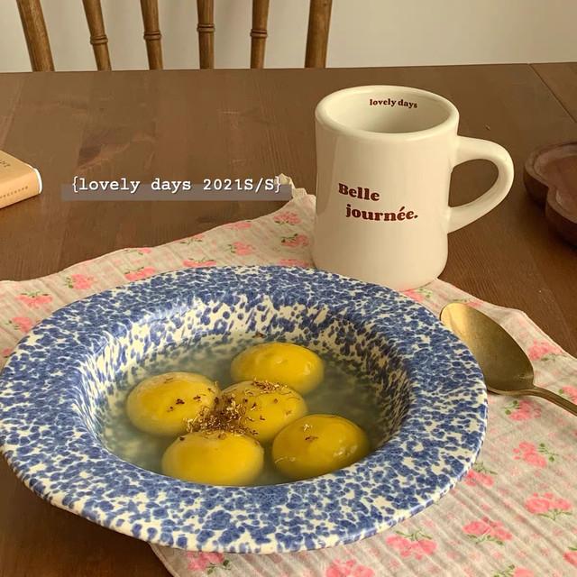 レモンが浮いてるお皿